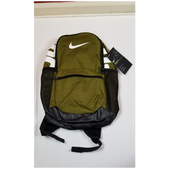 a29d5a1c3d2 Nike Bags | Brasilia Training Backpack Olive Green Black | Poshmark